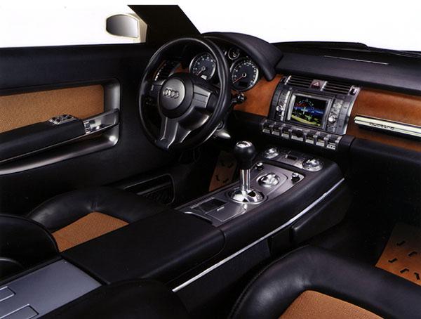 Audi Steppenwolf jezdí po silnici i v terénu