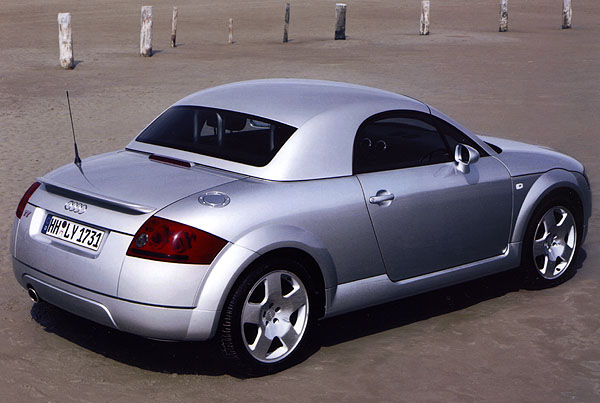 audi tt roadster se st echou hardtop. Black Bedroom Furniture Sets. Home Design Ideas