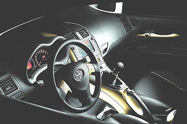 Autosalón v Paříži - Nový koncept Toyota Auris