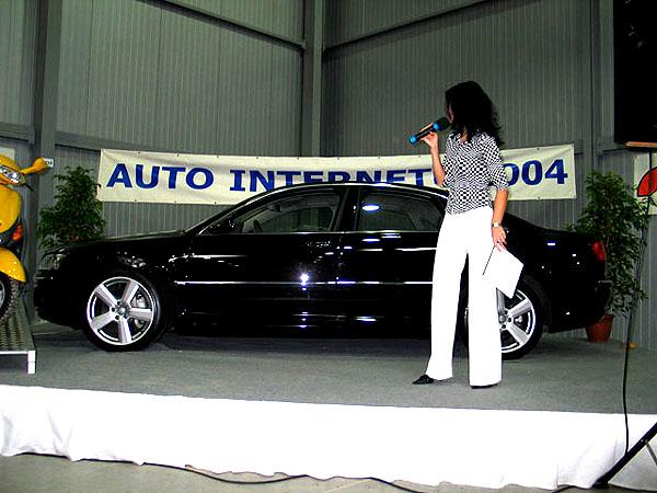 Audi a model A8 bodují na internetu