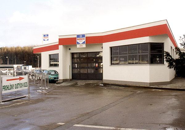 Dům automobilů vPraze na Jarově otevřel 26. února servis Bosch.