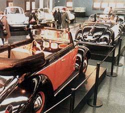 Automuseum Wolfsburg - Sáhněte si, prosím