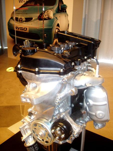 Dvojité vítězství pro Toyotu za inovace v motorech