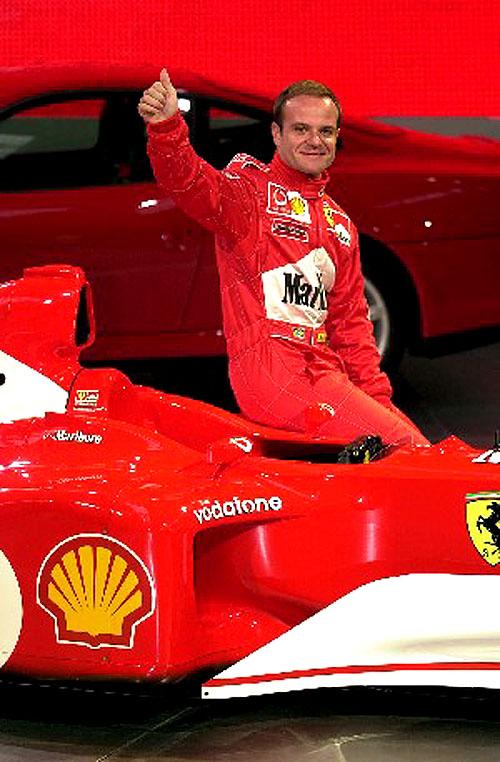 Shell a Ferrari představily nový monopost F2002, se kterým chtějí obhájit mistrovské tituly všampionátu Formule 1