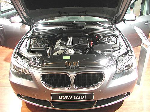 Nový sedan BMW řady 5 představený ve světové premiéře na autosalonu vBrně – plný technických inovací a novinek