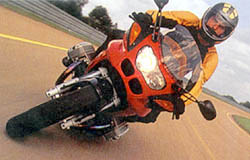 Špičkový sportovní motocykl BMW R 1100 S