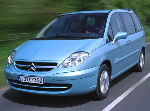 Citroën ČR s.r.o. zahájil prodej modelu Citroën C8 na našem trhu
