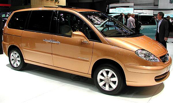 Citroën C8 nyní i smotorem 150 kW a automatickou sekvenční převodovkou