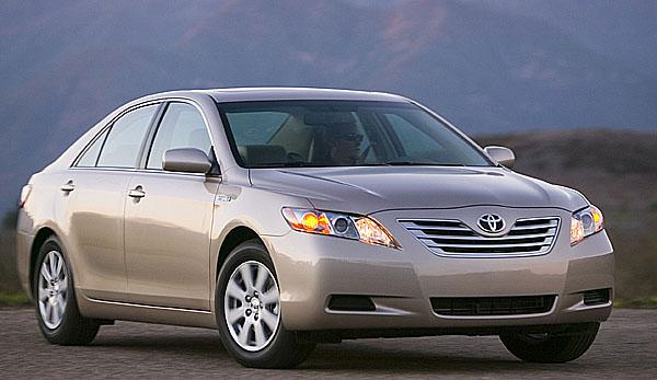 Toyota zahájí v Austrálii výrobu vozů Camry s hybridním pohonem