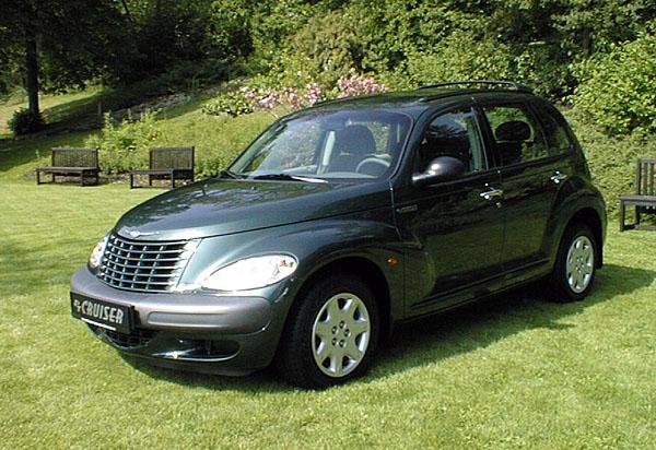 Nový Chrysler PT Cruiser mně mimořádně zaujal