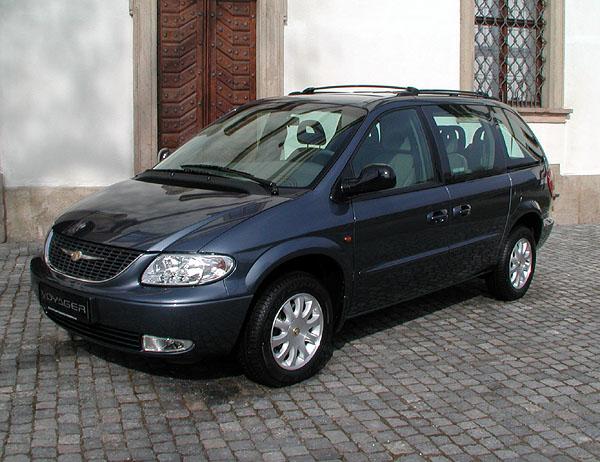 Chrysler Voyager čtvrté generace