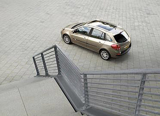RENAULT CLIO GRANDTOUR na autosalonu ve Frankfurtu
