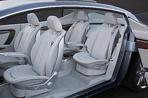 Čtyřsedadlový koncept Chrysler ecoVoyager
