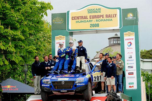 """Volkswagen zvítězil na """"Central Europe Rally"""" vMaďarsku a Rumunsku pozoruhodným výkonem!"""