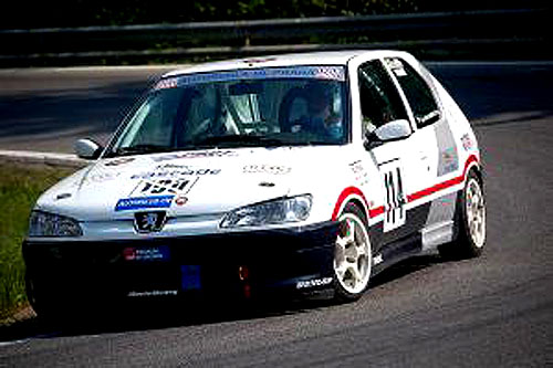 Losman na Peugeotu 306 S16 SP boduje vEvropě