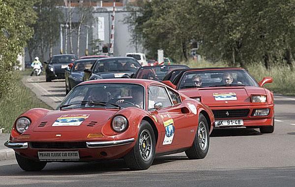 Značka Post-it společnosti 3M oficiálním sponzorem charitativní celosvětové štafety vozů Ferrari