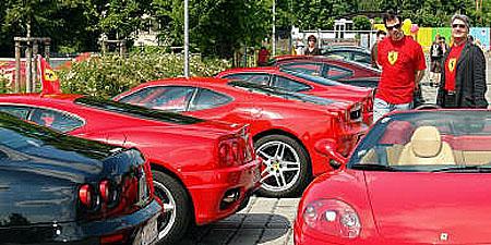 Ferrari a chrti již zítra – v sobotu 7.6. od 12 hod. na závodišti Praskačka u Hradce Králové