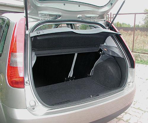 Nová Ford Fiesta sbenzinovým motorem 1,4 v testu redakce