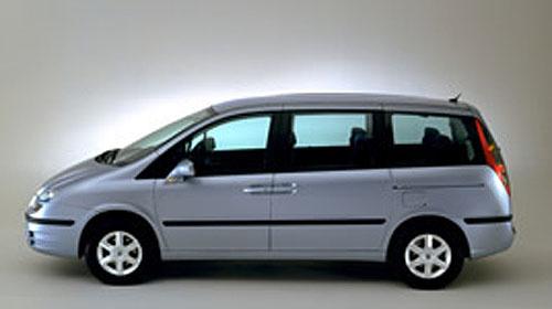 Lancia Phedra a Fiat Ulysse získaly vynikající hodnocení v testu EuroNCAP