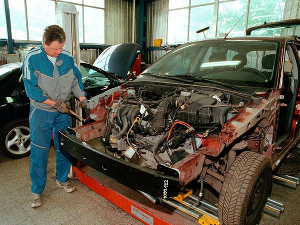 Ford získal rámcový certifikát jakosti ISO 9002