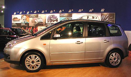 Výroba Fordu Focus C-MAX zahájena vněmeckém Saarlouis