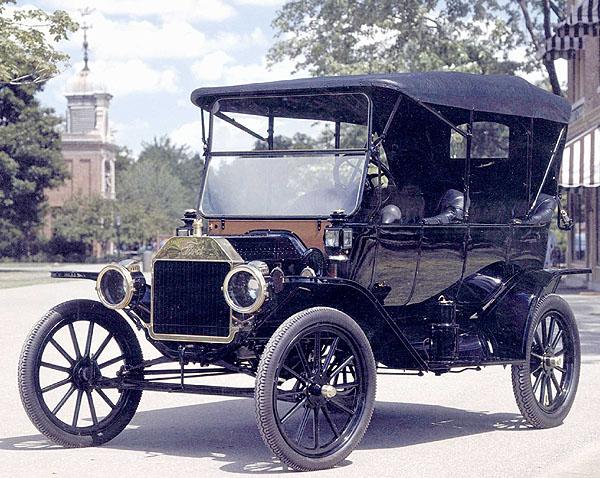 Legendární Ford Model T slaví 100 let