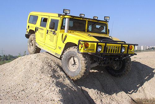 O vzniku a vývoji vojenského vozidla Humvee