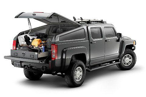 Nový pětisedadlový terénní pick-up Hummer H3T na našem trhu