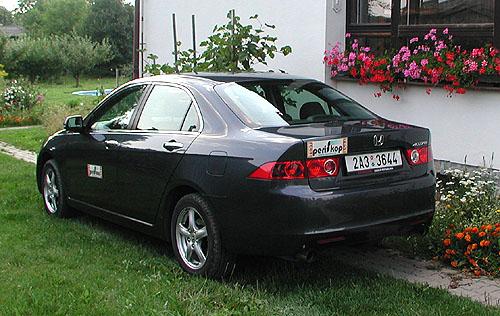 Honda Accord vprovedení sedan vtestu redakce