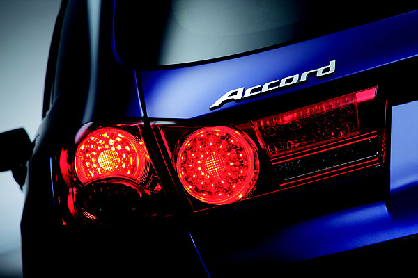Zcela nové Hondy Accord a Accord Tourer