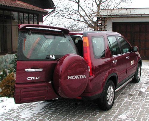 Honda CR-V na silnici a v terénu