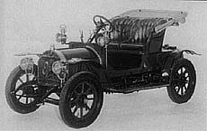 Stoletá tradice automobilů Opel
