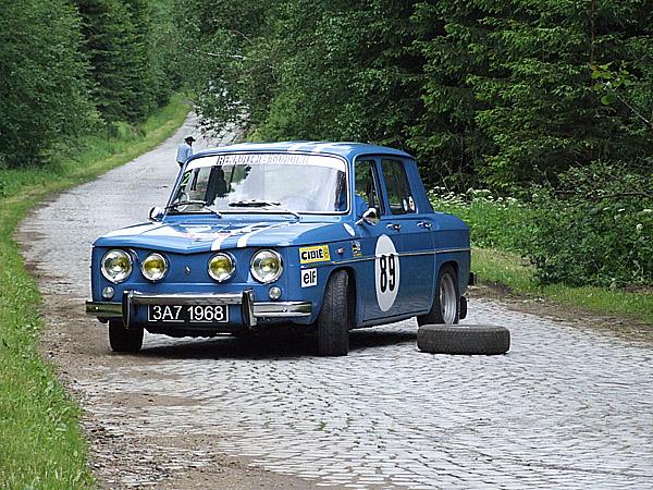 První sraz sportovních vozů Classics & Sprts Car Club v AČR