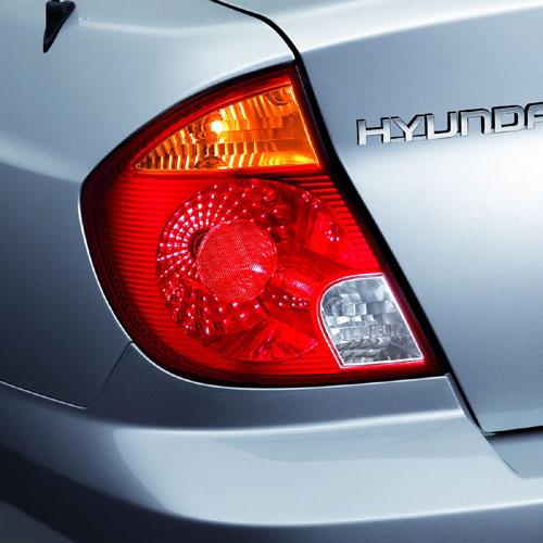 Nový Hyundai Accent - prodej vČR zahájen 1. března 2003