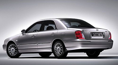 Luxusní limuzína Hyundai XG vnovém designu, novém interiéru a snovým motorem je vprodeji