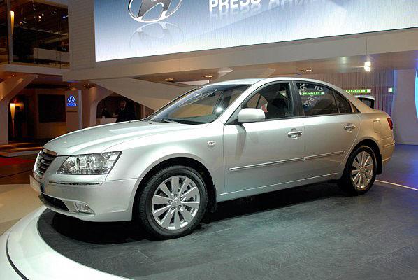 Hyundai Motor Co. představuje na probíhajícím ženevském autosalónu facelift šesté generace modelu Hyundai Sonata