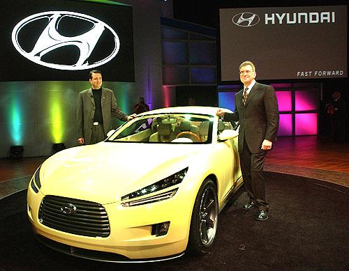 Hyundai představil HCD-8 Sports Touer