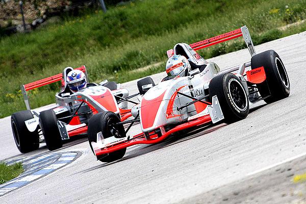 Jezdci Formule Renault testovali v Maďarsku