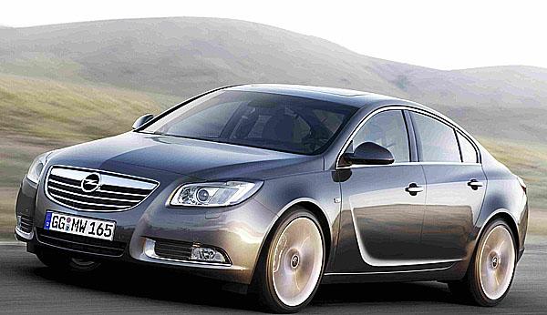 """Oči pro automobily Opel: Kamera """"Opel Eye"""" sleduje dopravní značky a zvyšuje bezpečnost jízdy"""
