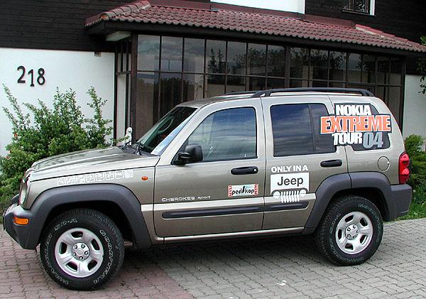 Off-road Jeep Cherokee vtestu redakce