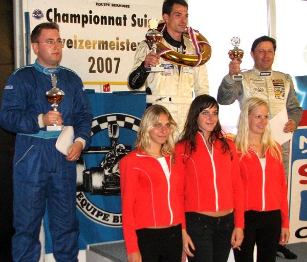 Zlatá a stříbrná medaile pro Davida Palního při premiéře ve třídě Renault 2.0