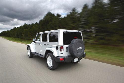 Značka Jeep® představuje nové vozy, nové technologie a nové motory na Pařížském autosalonu
