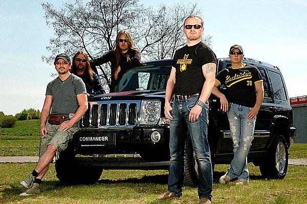 Jeep bude podporovat koncertní turné skupiny Kabát.