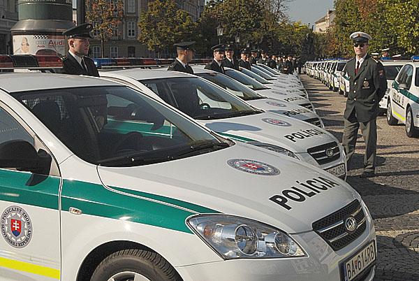 Kia oficiálním dodavatelem vozů pro slovenskou policii