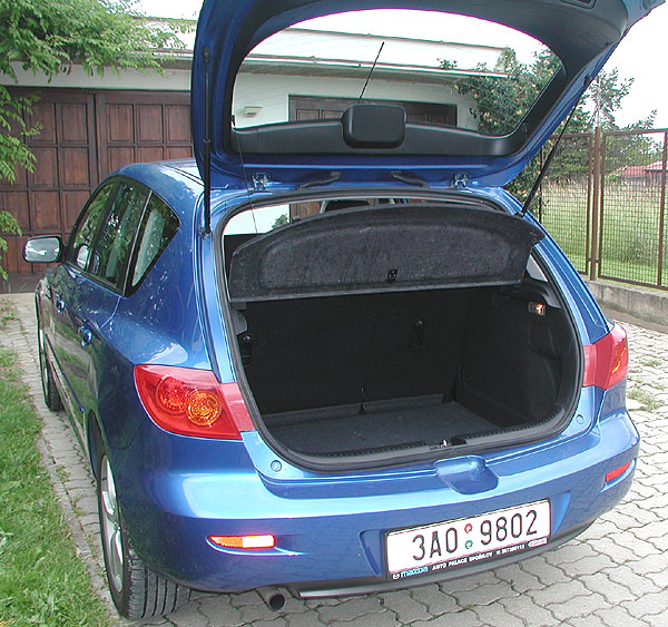 Mazda3 – auto roku 2004 - vtestu redakce