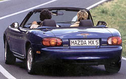 Mazda MX-5 - 10 let bestselleru