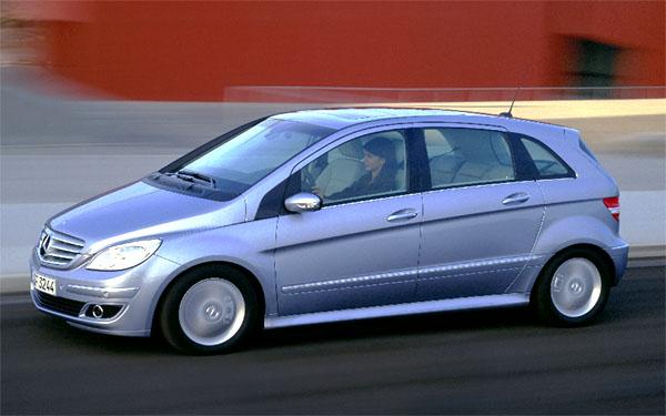 Mercedes Car Group vČR letos očekává prodej rekordních 2.000 osobních vozidel