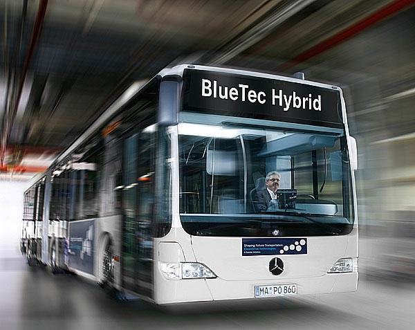 Daimler rozšiřuje aktivity pro dosažení nižší spotřeby paliva a nižších emisí u užitkových vozidel (1.)