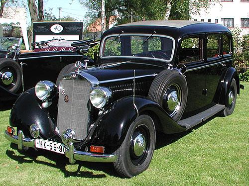 České dny klasických vozů Mercedes-Benz na počest 40. výročí založení Mercedes-Benz klubu České republiky