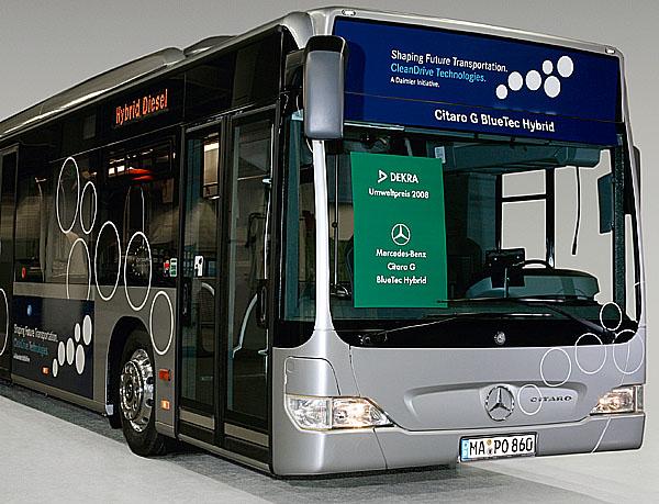 Hybridní autobus Mercedes-Benz dostává cenu za životní prostředí DEKRA 2008